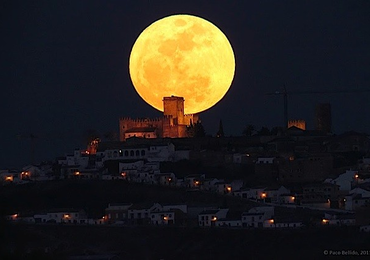 Super Full moon ปรากฏการณ์ดวงจันทร์ใกล้โลก