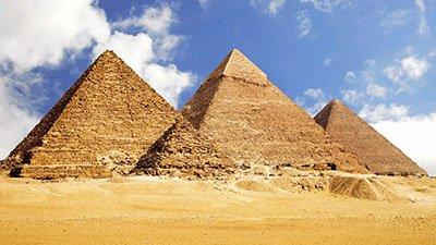 มหาพีระมิดแห่งกีซา (The Great Pyramid of Giza)